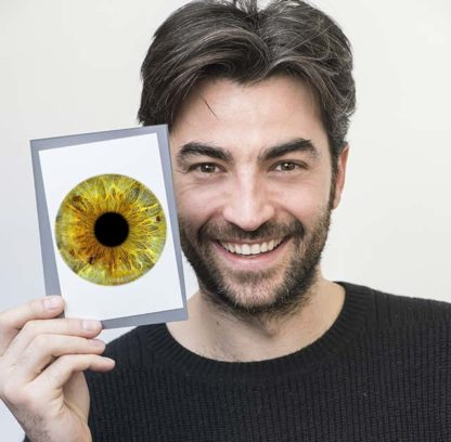 Stampa immediata della foto dell'iride su carta fotografica 10x15